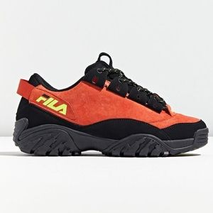🟠 NEW FILA Provenance Future Chunky Sneakers